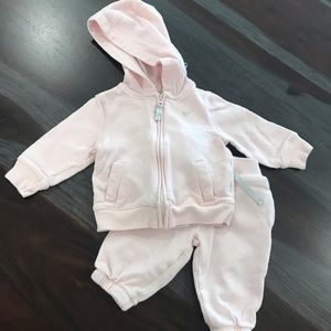 Baby joggers set in light pink
